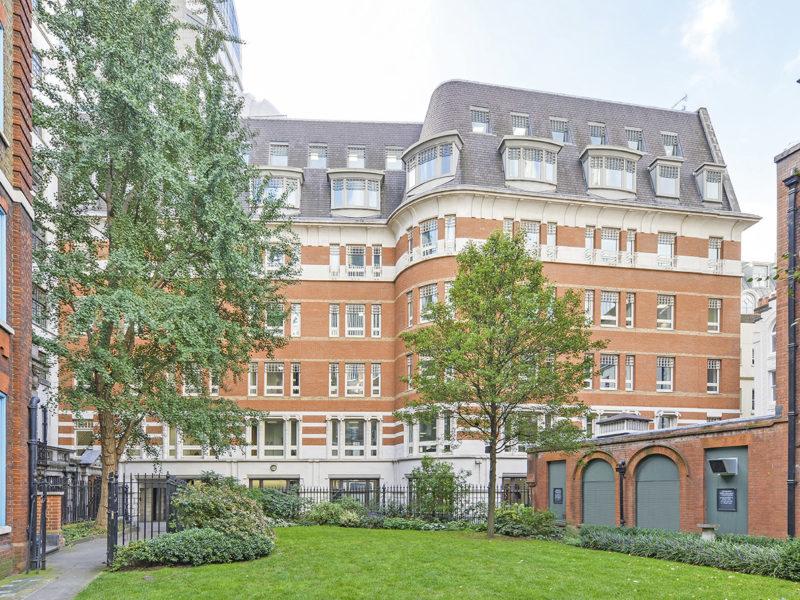 1 George Yard exterior view